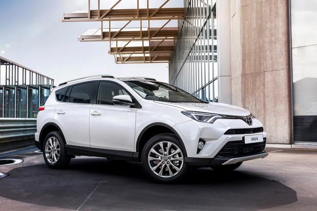 КАСКО на Toyota RAV4: цены и онлайн-расчет